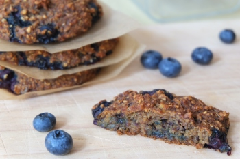 Heidelbeere-Bananenbrot-Cookies zum Frühstück